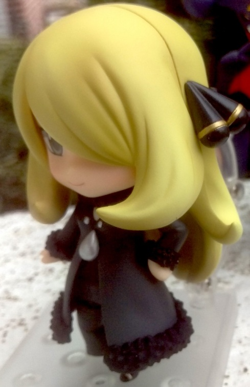 nendoroidcynthia-official_pose-closeup